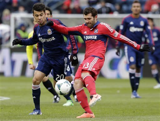 Chivas USA beats Fire 4-1