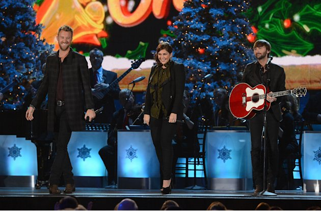 Exclusive Holiday Performance: Lady Antebellum