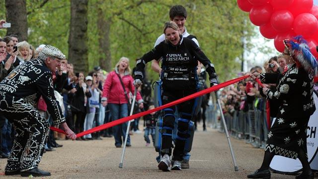 Paralyzed Woman Finishes London Marathon