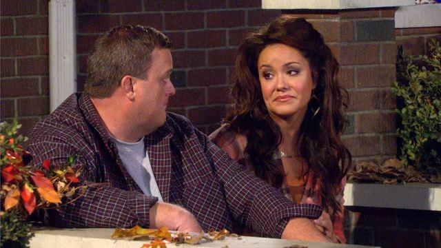 Mike & Molly - Victoria Flynn
