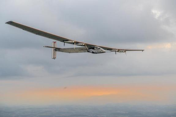 Solar Plane's Ocean-Crossing Voyage Aborted Due to Weather