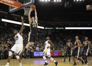 Hayward's late free throw lifts Jazz over Warriors