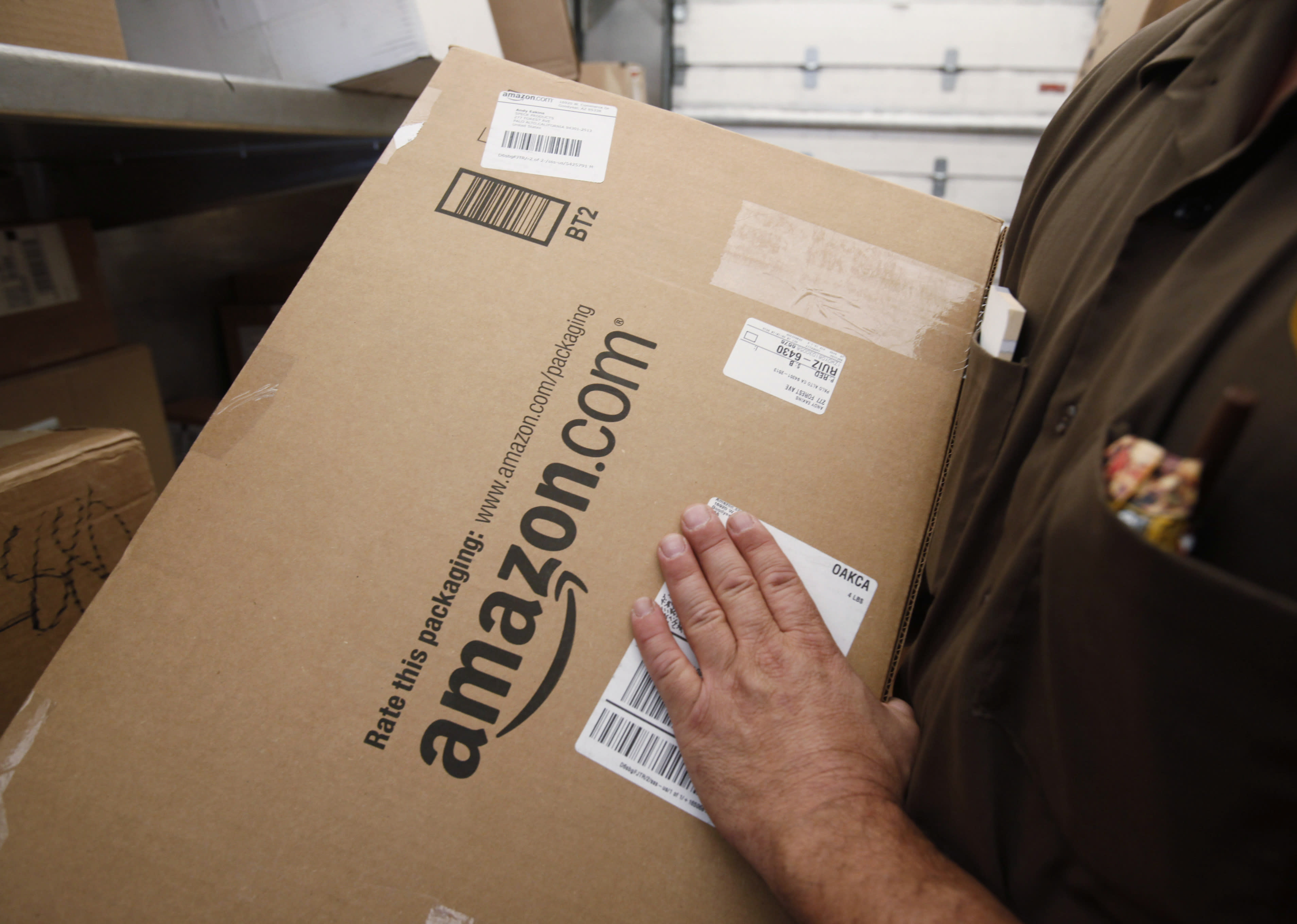 Amazon delivers on cloud computing profits, Infosys drops on outlook