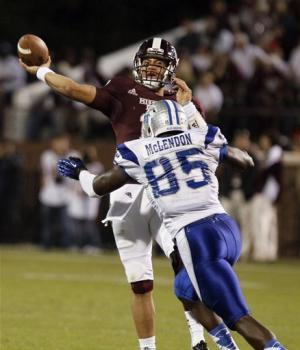 No. 15 Mississippi St beats Middle Tennessee 45-3