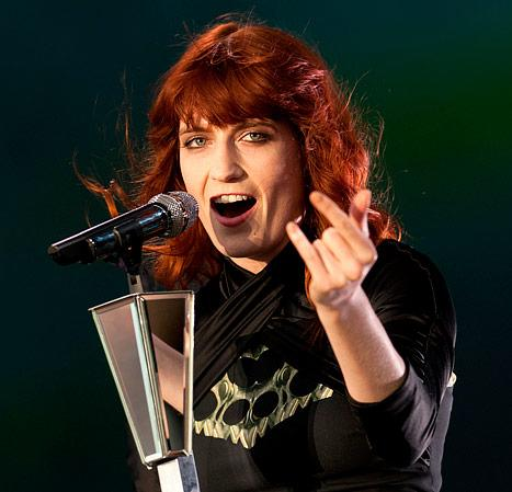 Florence Welch Loses Her Voice, Cancels Tour Dates