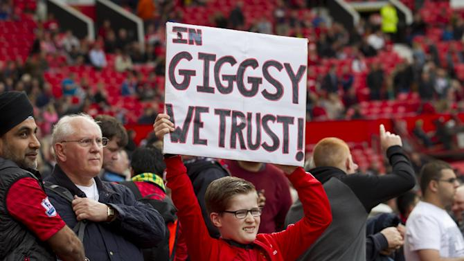 Column: Giggs not ready, yet, for Man Utd hot seat