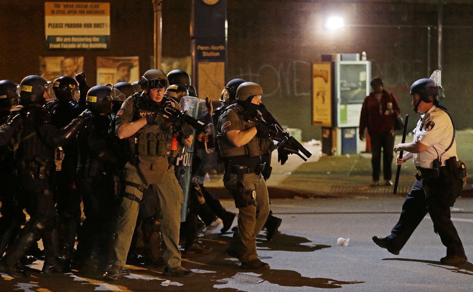 Across country, police scrutinized after Baltimore arrests