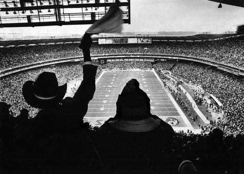 Superbowl: 21 Vintage Photos of RFK Stadium in The Good 'Ol Days