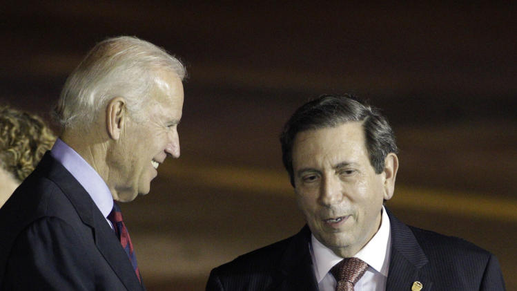 VP Biden arrives on economic mission in Panama