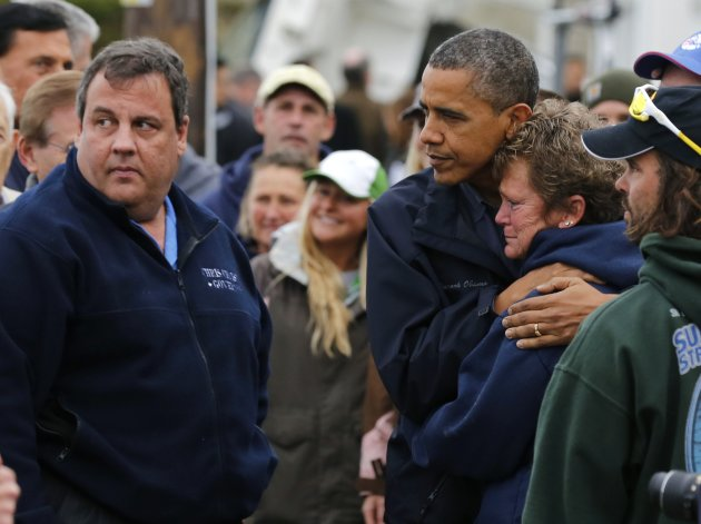 With Christie, Obama vows, 'We will not quit until this is done'
