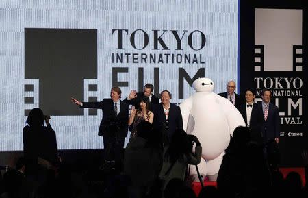 """Directors of """"Big Hero 6 """" Hall and Williams wave at opening event of Tokyo International Film Festival"""