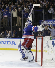 Rangers goalie Henrik Lundqvist reacts as New York beats Montreal 1-0 in Game 6 of the Eastern Conference final. (AP)