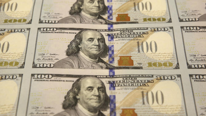 New $100 bills start circulating Tuesday