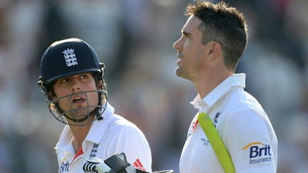 England captain Alastair Cook with Kevin Pietersen (Reuters)