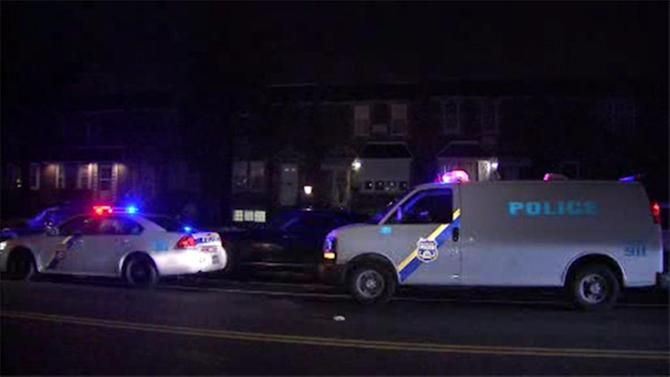 Man stabbed in the chest in Crescentville