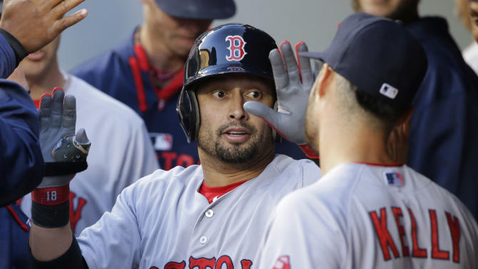 Angels acquire Shane Victorino from Red Sox for stretch run