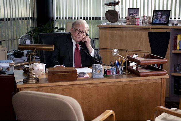 "Ed Asner stars as Warren Buffett in ""Too Big to Fail."""