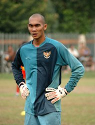 Kiper Markus Horison dengan kepala gundulnya. (Jefri Aries untuk Yahoo! Indonesia)