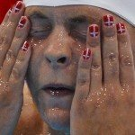 nail-arts-designs-at-olympics-2012-13-for-women-girls (6)
