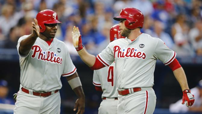 After trading Papelbon, Phillies beat Blue Jays 3-2