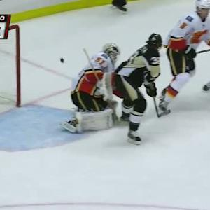 Harry Zolnierczyk redirects it past Ramo
