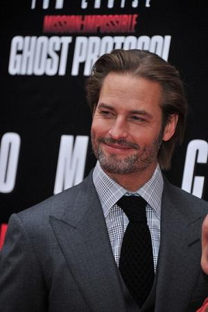 'Lost' Star Josh Holloway to Star in CBS's 'Intelligence' Pilot