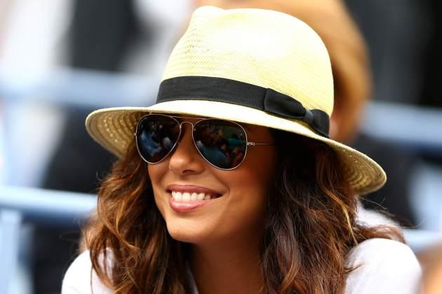 Eva Longoria stays cool while watching the US Open on September 3, 2012 in New York -- Getty Images