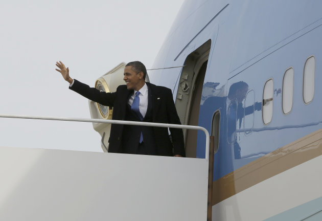 &lt;p&gt;               President Barack Obama waves as he prepares to board Air Force One before his departure from Andrews Air Force Base, Monday, Feb., 4, 2013, enroute to Minnesota. (AP Photo/Pablo Martinez Monsivais)
