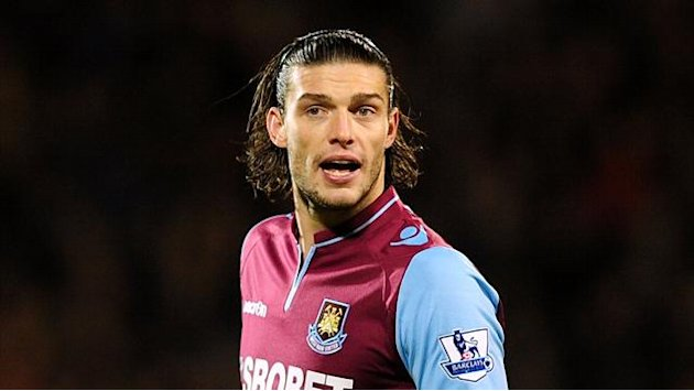 Premier League - Carroll to undergo West Ham medical