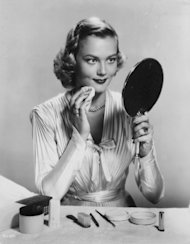 Actress Patrice Wymore applies her makeup in 1952 -- Getty Images