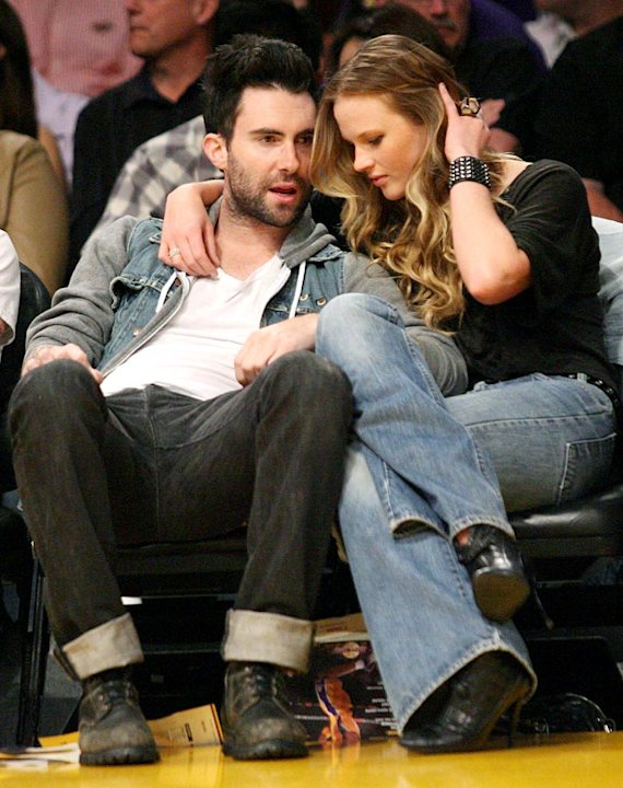 Levine Adam Lakers