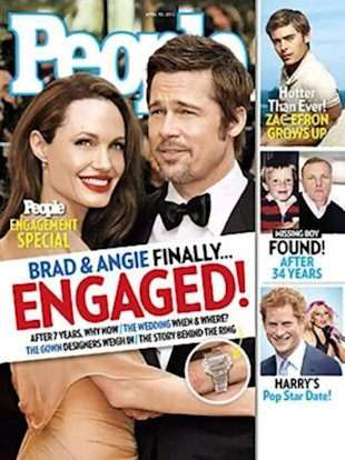 People insists that only a few knew about the engagement right after it happened.