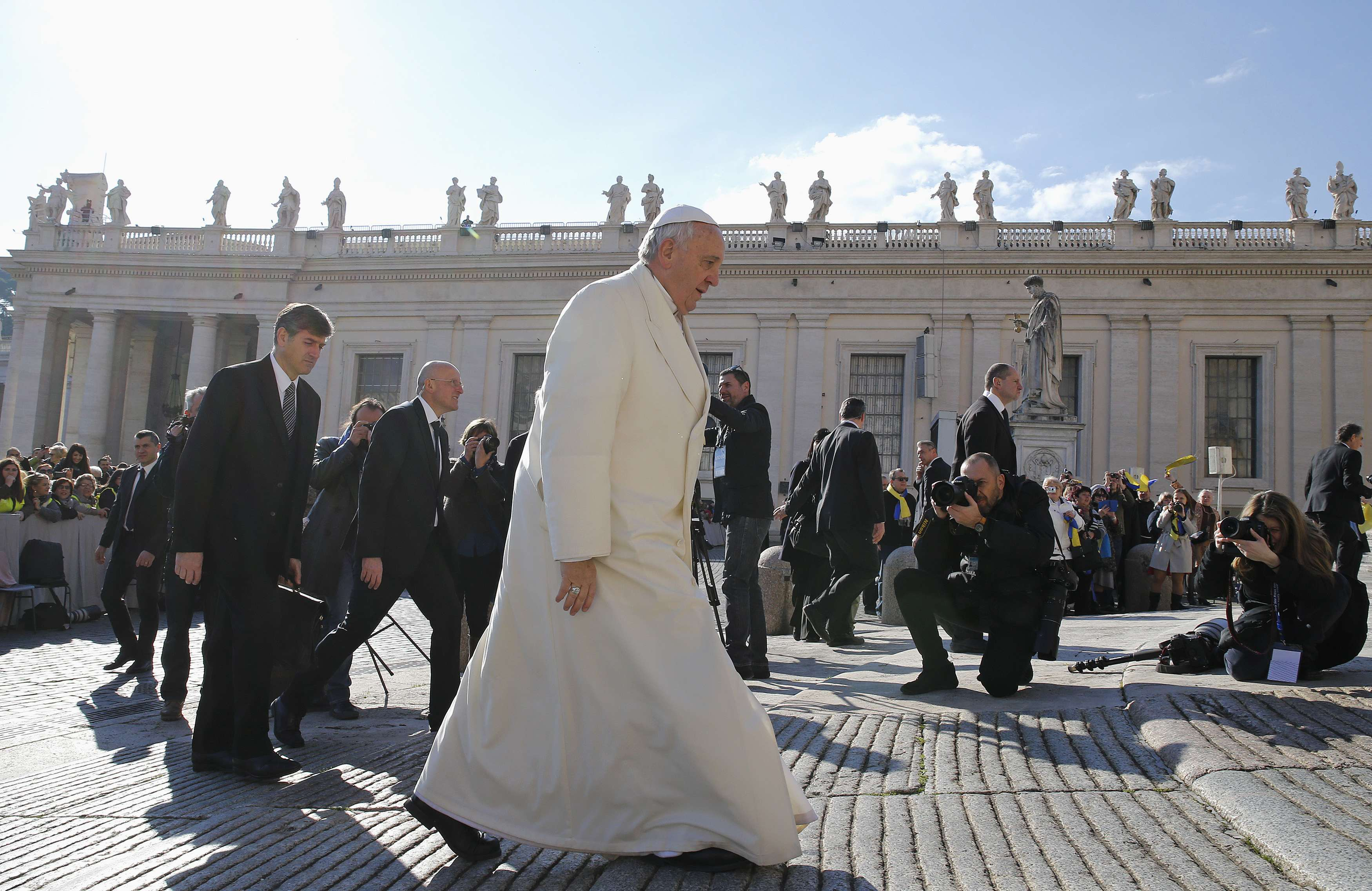 Vatican condemns leaking of documents showing power struggle
