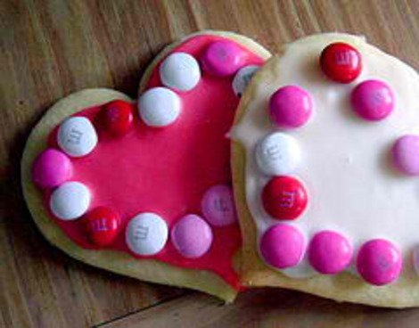 Have a sweet -- not stressful -- Valentine's day with these tips.