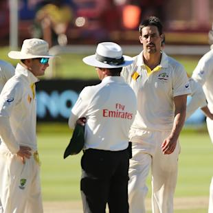 Clarke apologises for on-field skirmish