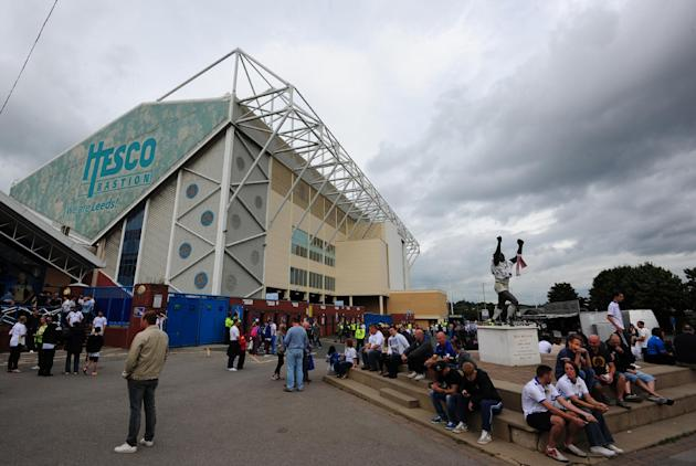 Soccer - Sky Bet Football League Championship - Leeds United v Sheffield Wednesday - Elland Road