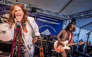 Steven Tyler, Joe Perry, Slash and Billy Idol Rock for Children's Charity
