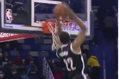 Markel Brown busts out a 360 dunk in Nets-Pelicans