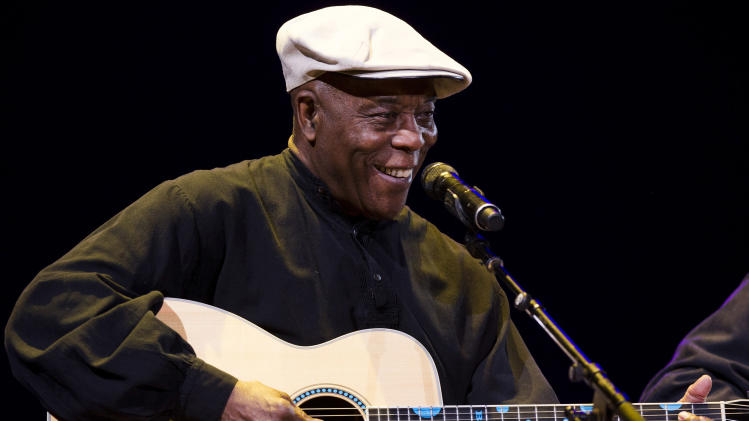 Buddy Guy performs at Eric Clapton's Crossroads Guitar Festival 2013 at Madison Square Garden on Saturday, April 13, 2013, in New York. (Photo by Charles Sykes/Invision/AP)