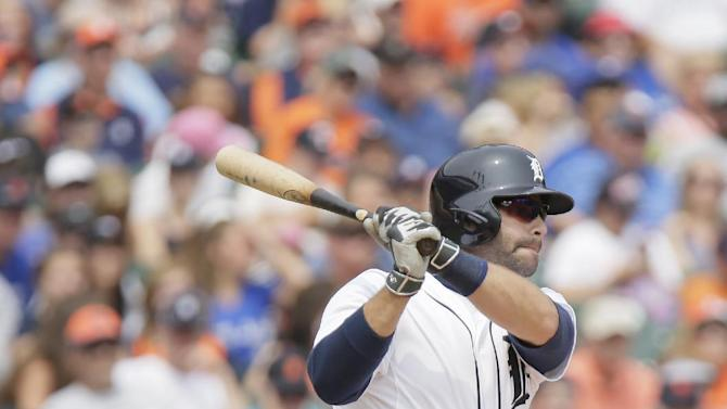 Detroit Tigers' Alex Avila singles against the Toronto Blue Jays during the sixth inning of a baseball game Sunday, July 5, 2015, in Detroit. (AP Photo/Duane Burleson)