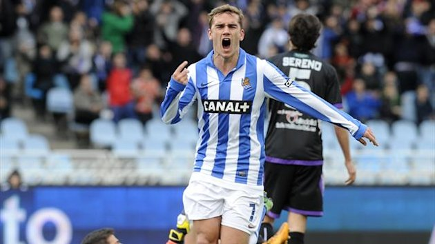 Real Sociedad's French forward Antoine Griezmann celebrates after scoring his team's first goal during the Spanish league football match Real Sociedad vs Real Valladolid