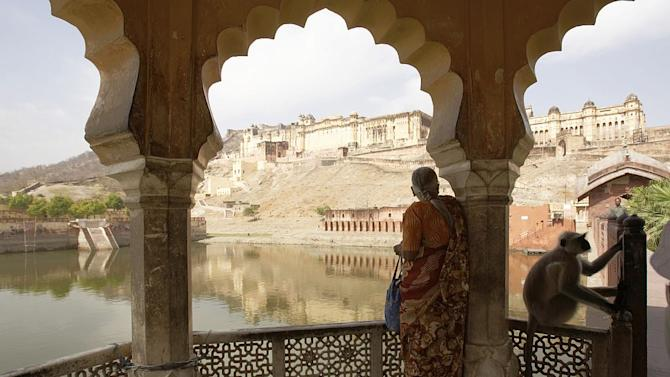 Travel Top 10 Destinations for Women Travellers