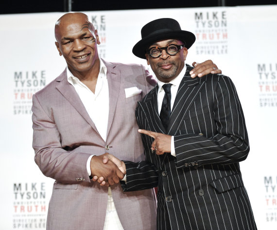 Former heavyweight boxer Mike Tyson, left, and director Spiken Lee announce &quot;Mike Tyson: Undisputed Truth&quot;, a one man show on Broadway starring Mike Tyson, on Monday June 18, 2012 in New York. (Photo by Evan Agostini/Invision)