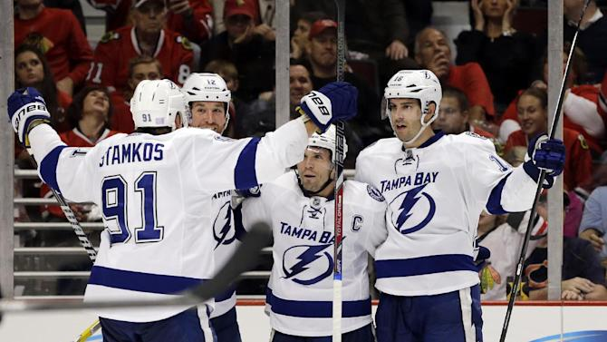 Lightning rally for 3-2 win over Blackhawks