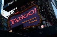 Yahoo! announced Sunday that Ross Levinsohn will temporarily replace chief executive Scott Thompson, who has stepped down in the face of controversy about his allegedly inflated resume