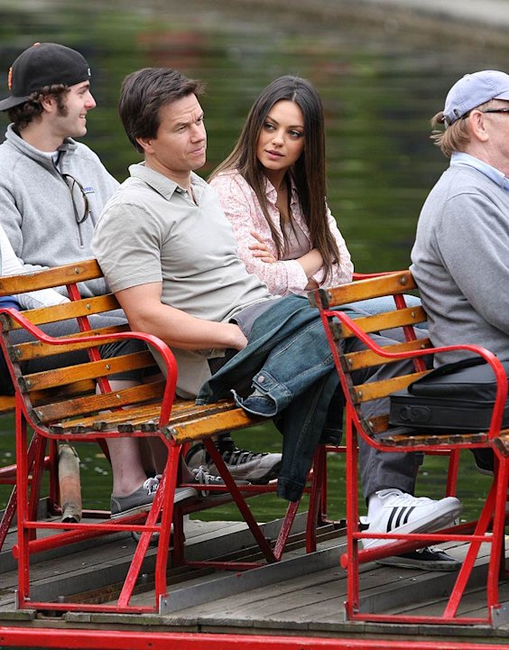 Wahlberg Kunis Movie Set