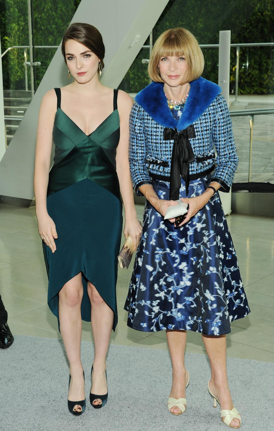 Bee Shaffer, left, and her mother Anna Wintour attend the 2013 CFDA Fashion Awards at Alice Tully Hall on Monday, June 3, 2013 in New York. (Photo by Evan Agostini/Invision/AP)