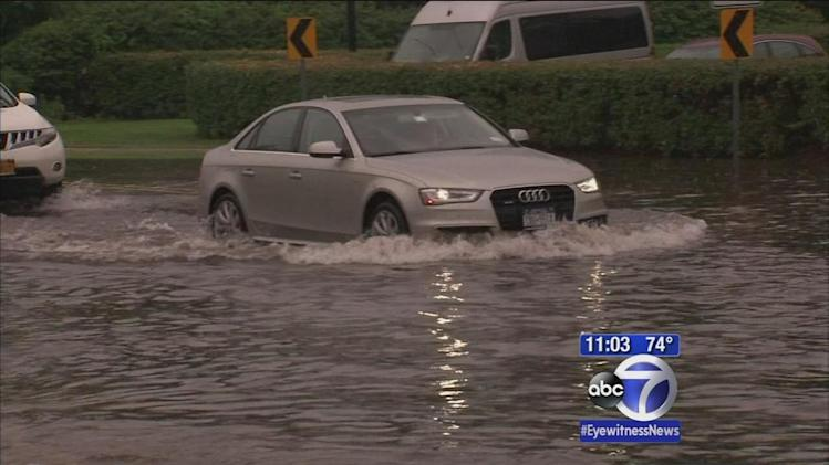 Rain causes heavy flooding in New York area