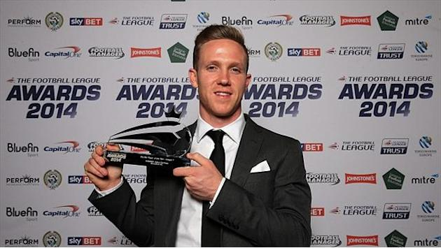 League One - Forshaw lands league award