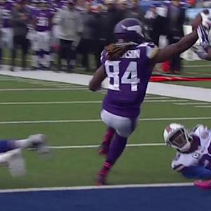 Minnesota Vikings quarterback Teddy Bridgewater finds Cordarrelle Patterson for 4-yard TD
